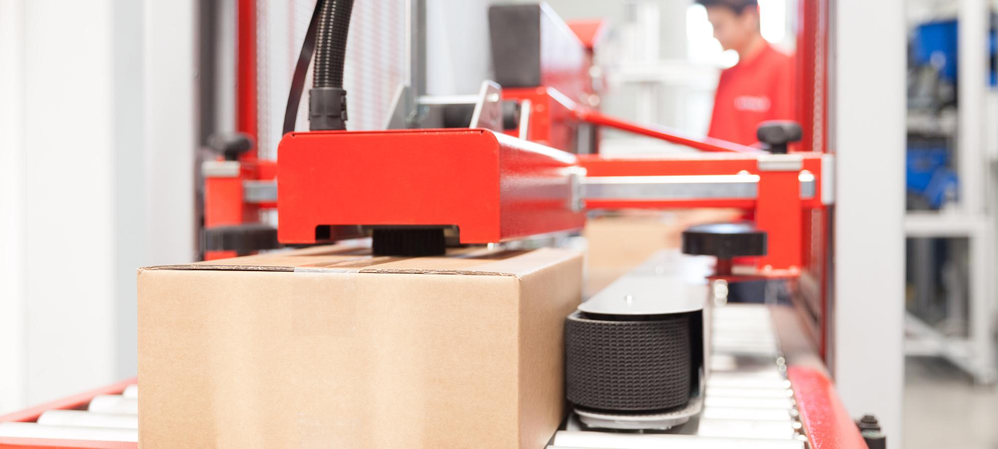 Neuer Roboter für unsere Maschinenbaulehrlinge